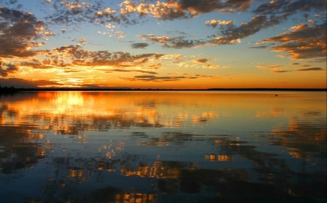 lake-nagawicka.jpg