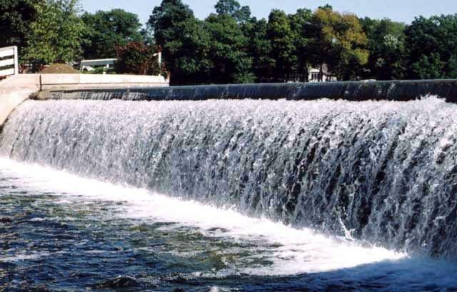 oconomowoc waterfalls